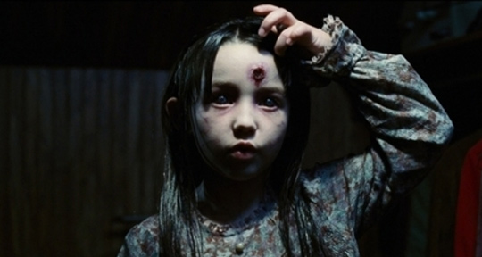 still_amityville_horror_2005_4